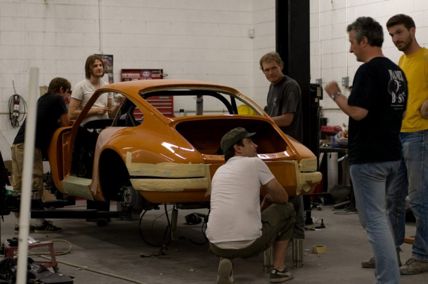 Singer partners Historic Motoring Ventures to restore classic Porsche 911s in Malaysia and Singapore Image #472911