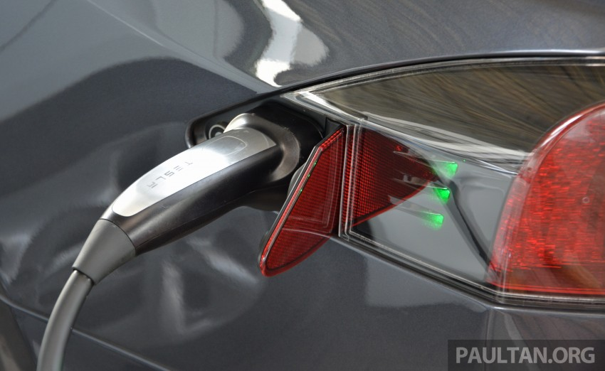 Tesla Model S facelift akan datang, harga naik Image #475253