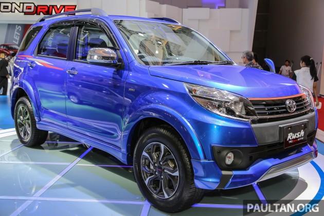 Toyota_Rush-2