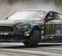 Vaughn Gittin Jr. Tests 900 hp Ford Mustang RTR 1