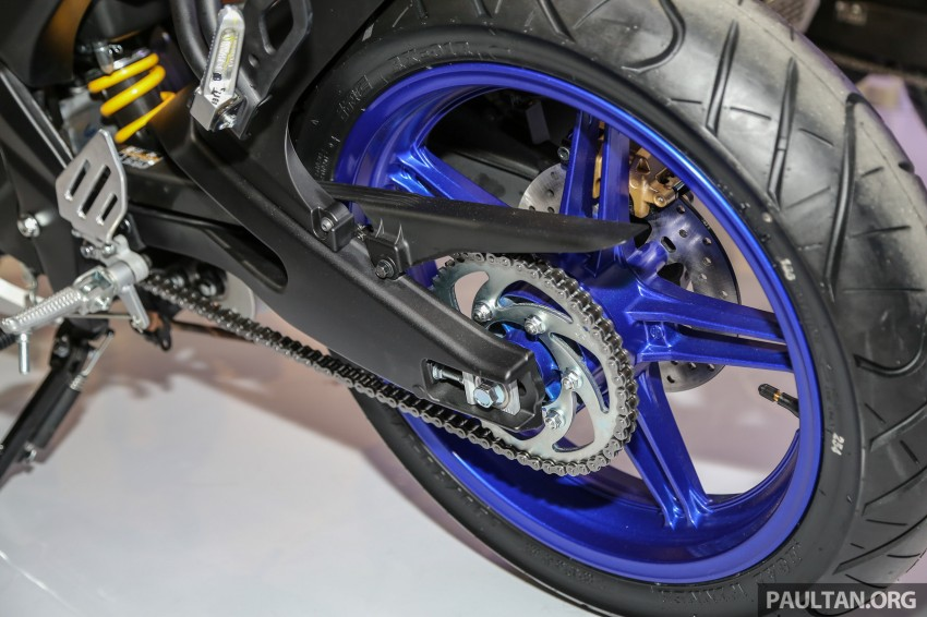 IIMS 2016: Yamaha R15 on display in new colours Image #475036