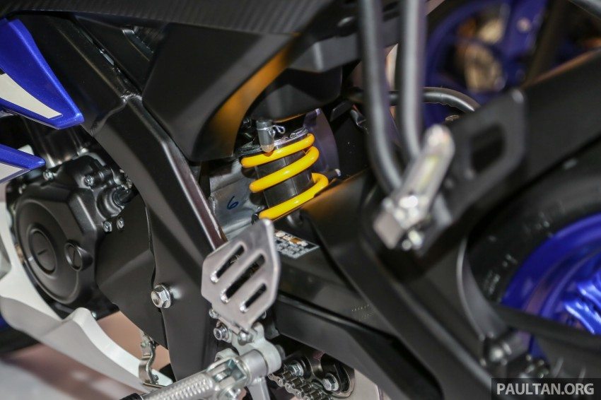 IIMS 2016: Yamaha R15 on display in new colours Image #475037