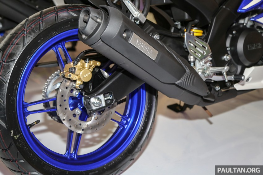 IIMS 2016: Yamaha R15 on display in new colours Image #475032