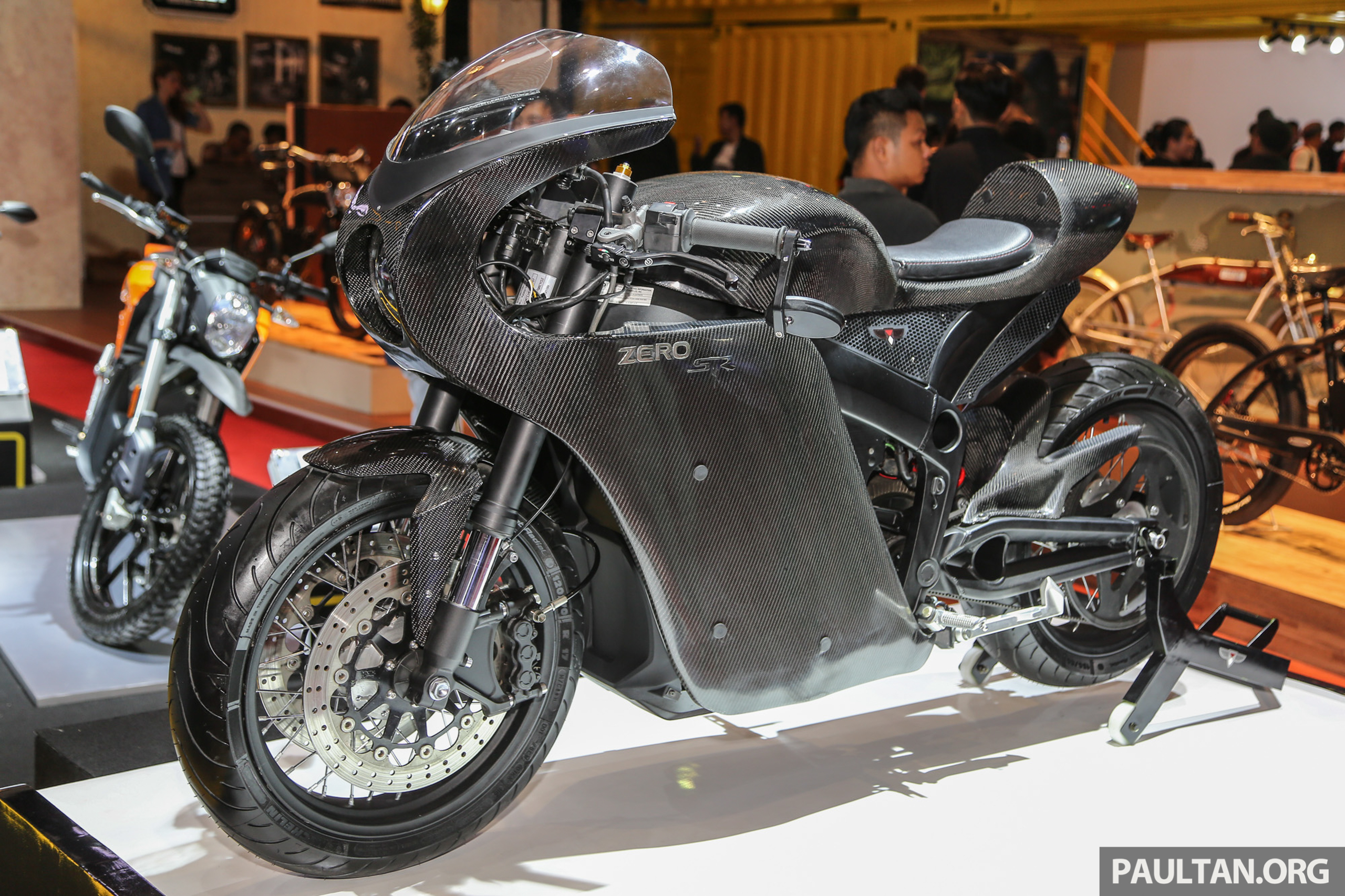 iims 2016 zero motorcycles e bikes on display. Black Bedroom Furniture Sets. Home Design Ideas