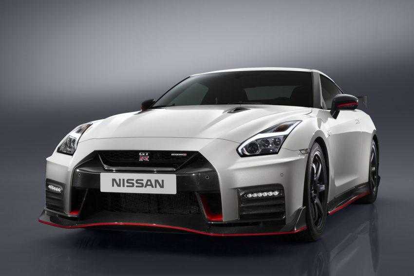 Nissan GT-R Nismo 2017 diperkenalkan – talaan pada sistem pengendalian, gaya keseluruhan dipertingkat Image #500284