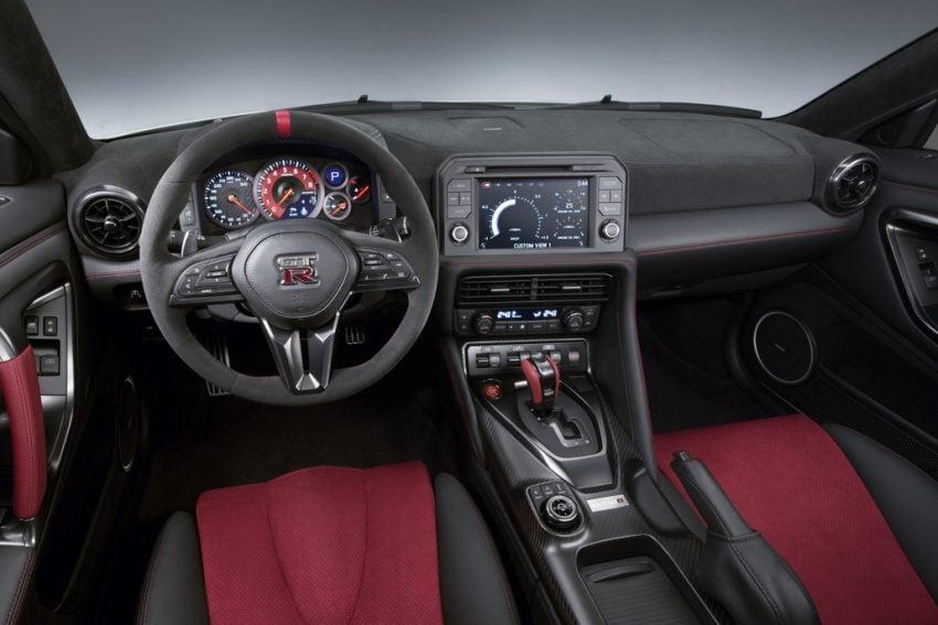 Nissan GT-R Nismo facelift: improved looks, handling Image #499974
