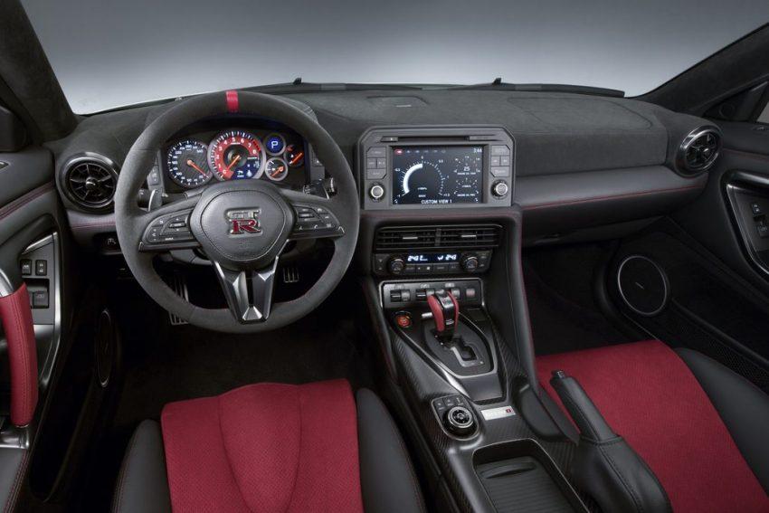 Nissan GT-R Nismo 2017 diperkenalkan – talaan pada sistem pengendalian, gaya keseluruhan dipertingkat Image #500276