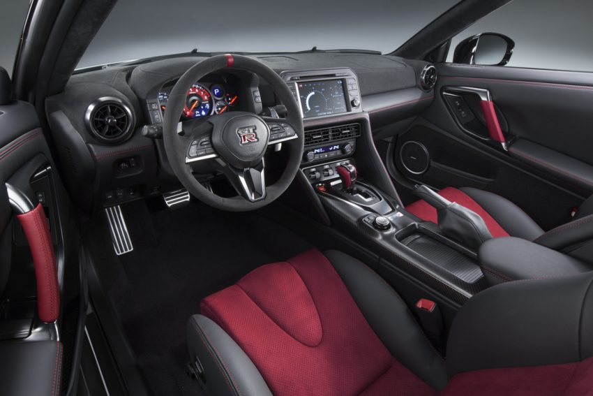 Nissan GT-R Nismo facelift: improved looks, handling Image #499975