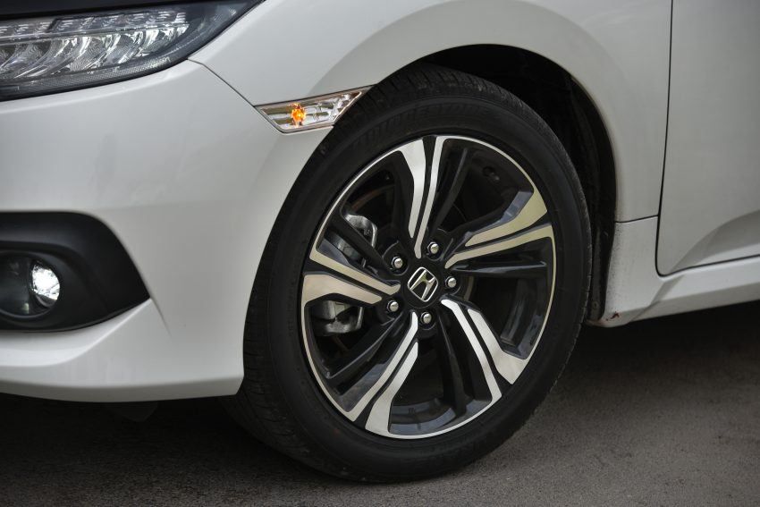 DRIVEN: 2016 FC Honda Civic 1.8L, 1.5L VTEC Turbo Image #492309
