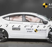2016 Hyundai Elantra ANCAP crash test-01