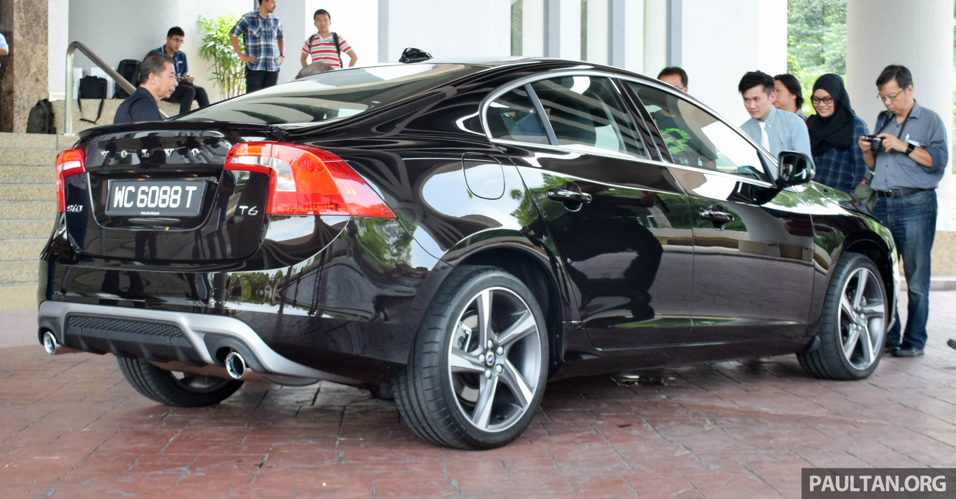 volvo s60 t6 drive e launched 306 hp ckd rm280k paul tan image 494667. Black Bedroom Furniture Sets. Home Design Ideas