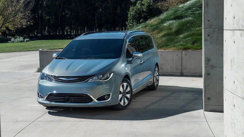 Chrysler Pacifica Hybrid to be used in Google's self-driving car project, in new collaboration with FCA Image #487629