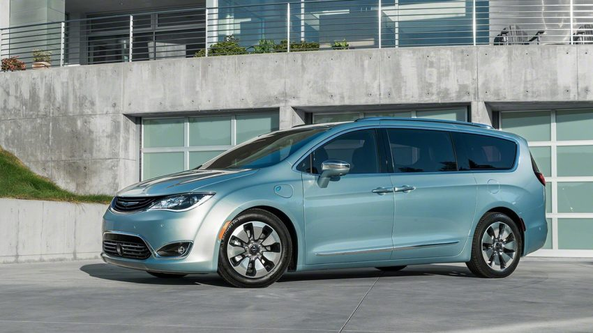 Chrysler Pacifica Hybrid to be used in Google's self-driving car project, in new collaboration with FCA Image #487656
