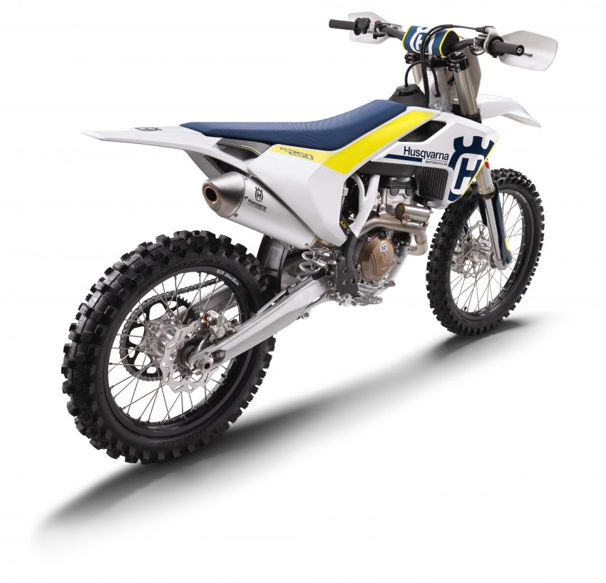 2017 Husqvarna motocross range unveiled – TC250 with new two-stroke engine, FC with traction control Image #491373