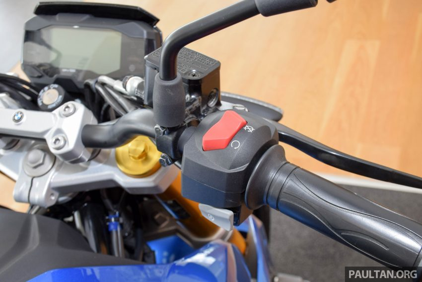 2016 BMW Motorrad G310R previewed in Malaysia Image #499578