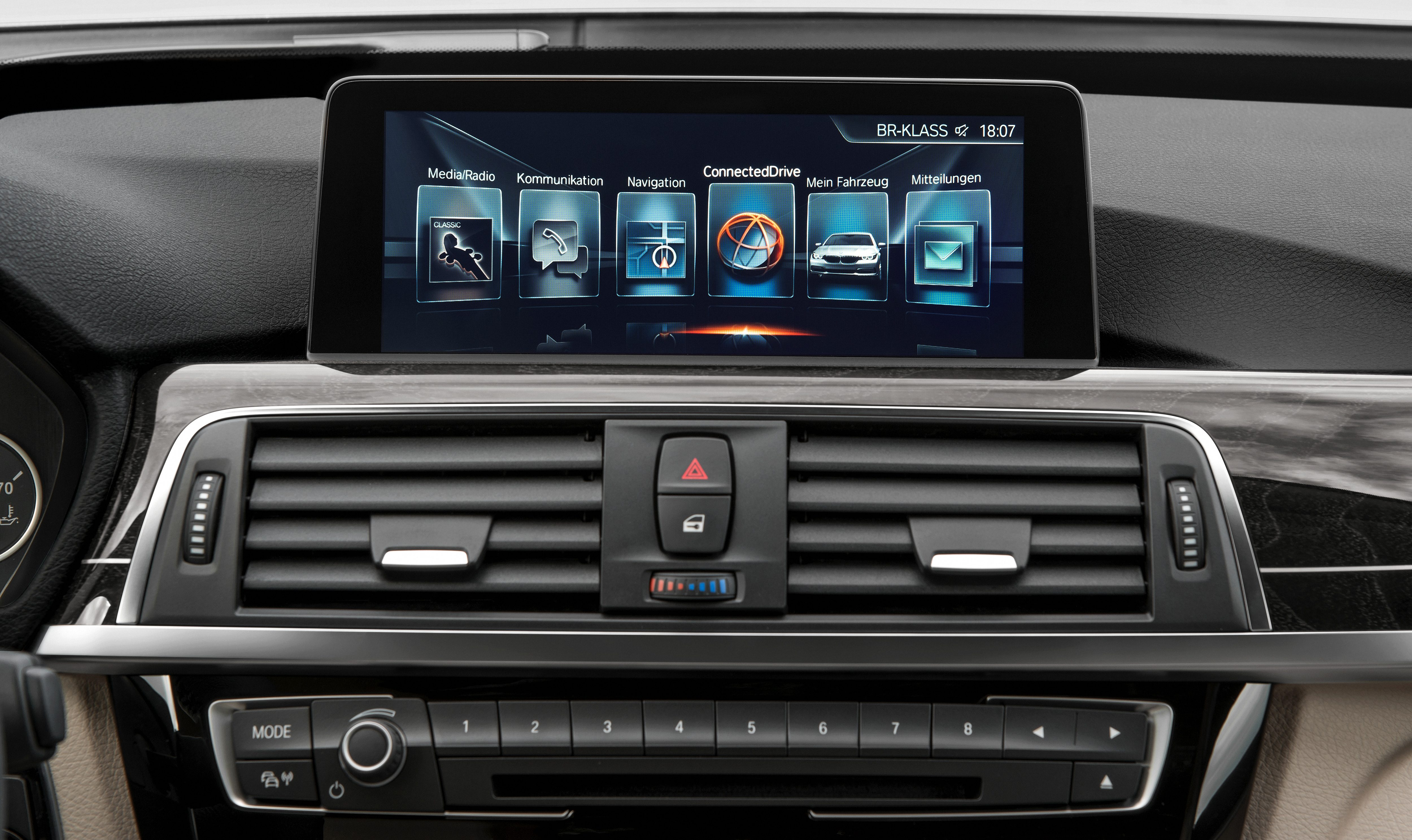 Bmw 5 Series 2016 >> BMW 1, 2, 3 and 4 Series to get 7 Series' iDrive system Paul Tan - Image 497652