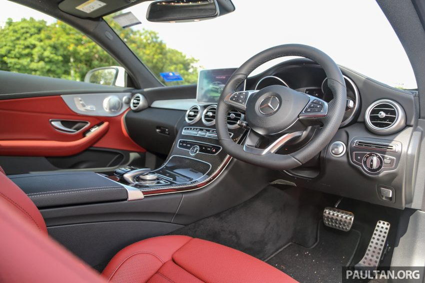 GALLERY: Mercedes-Benz C300 Coupe vs sedan Image #496032