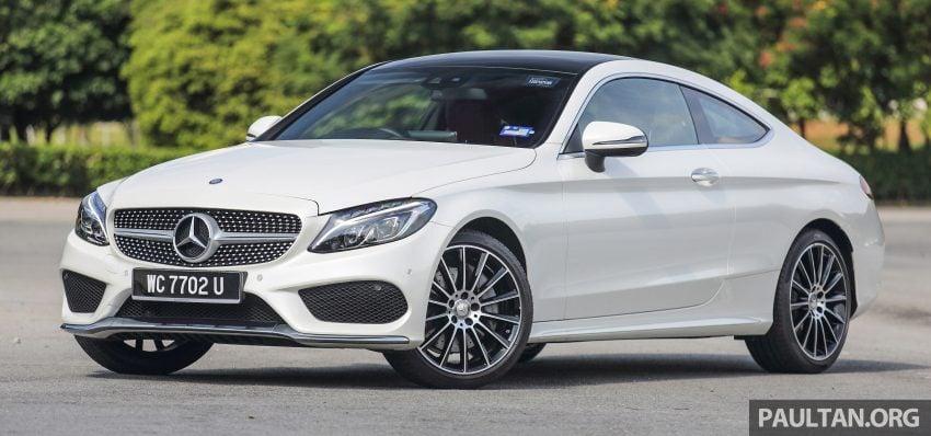 GALLERY: Mercedes-Benz C300 Coupe vs sedan Image #496015