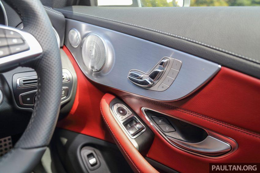 GALLERY: Mercedes-Benz C300 Coupe vs sedan Image #496037