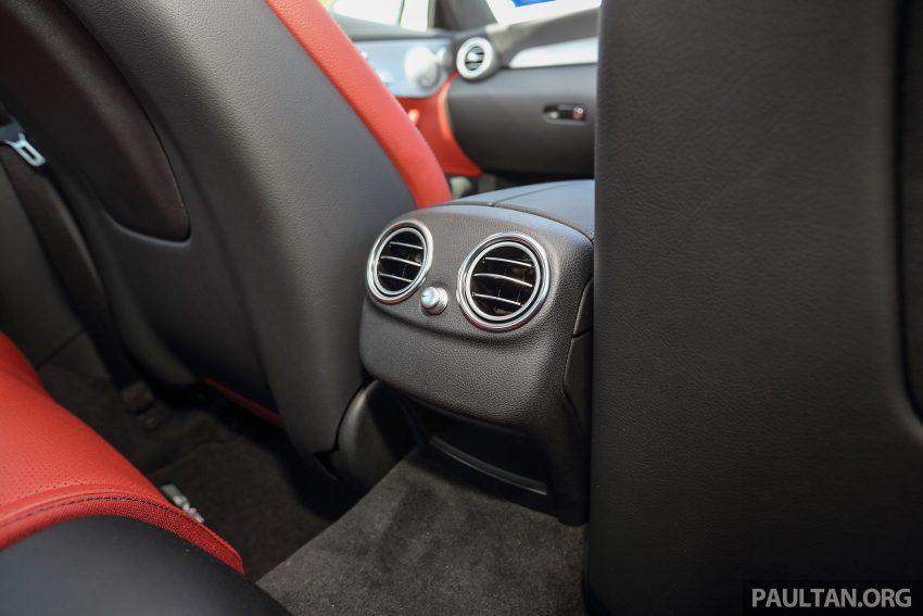 GALLERY: Mercedes-Benz C300 Coupe vs sedan Image #496048