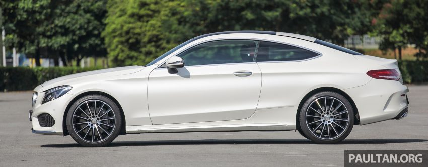 GALLERY: Mercedes-Benz C300 Coupe vs sedan Image #496019