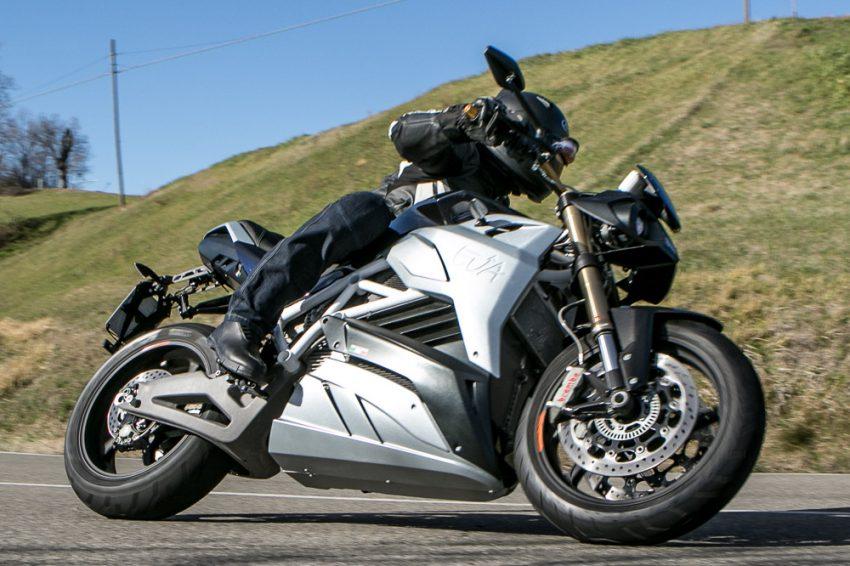 Energica launches Eva streetfighter e-bike in California Image #497418
