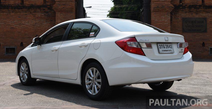 GALERI: Honda Civic – gen-10 FC vs gen-9 FB Image #493150