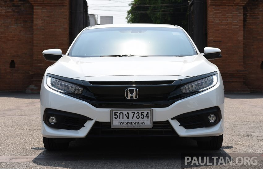 GALERI: Honda Civic – gen-10 FC vs gen-9 FB Image #493151