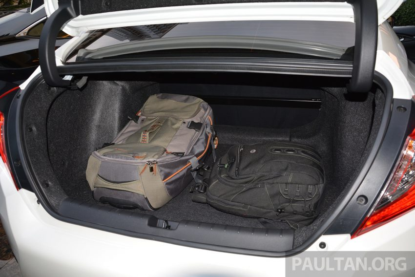 PANDU UJI: Honda Civic 1.8 dan 1.5 VTEC Turbo 2016 – peningkatan bagi gen-10 yang lebih memuaskan? Image #490838
