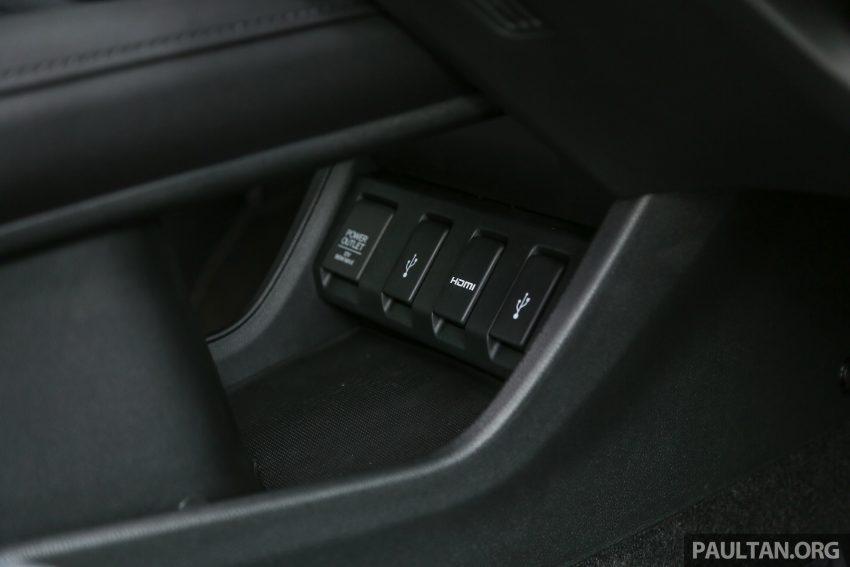 GALERI: Honda HR-V berwarna Dark Ruby Red Pearl Image #497734