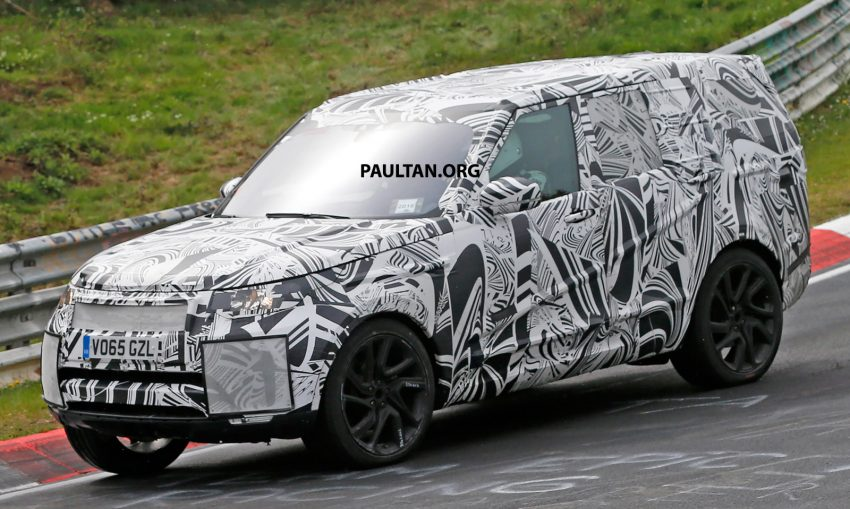 SPYSHOTS: 2017 Land Rover Discovery 5, in and out Image #499447