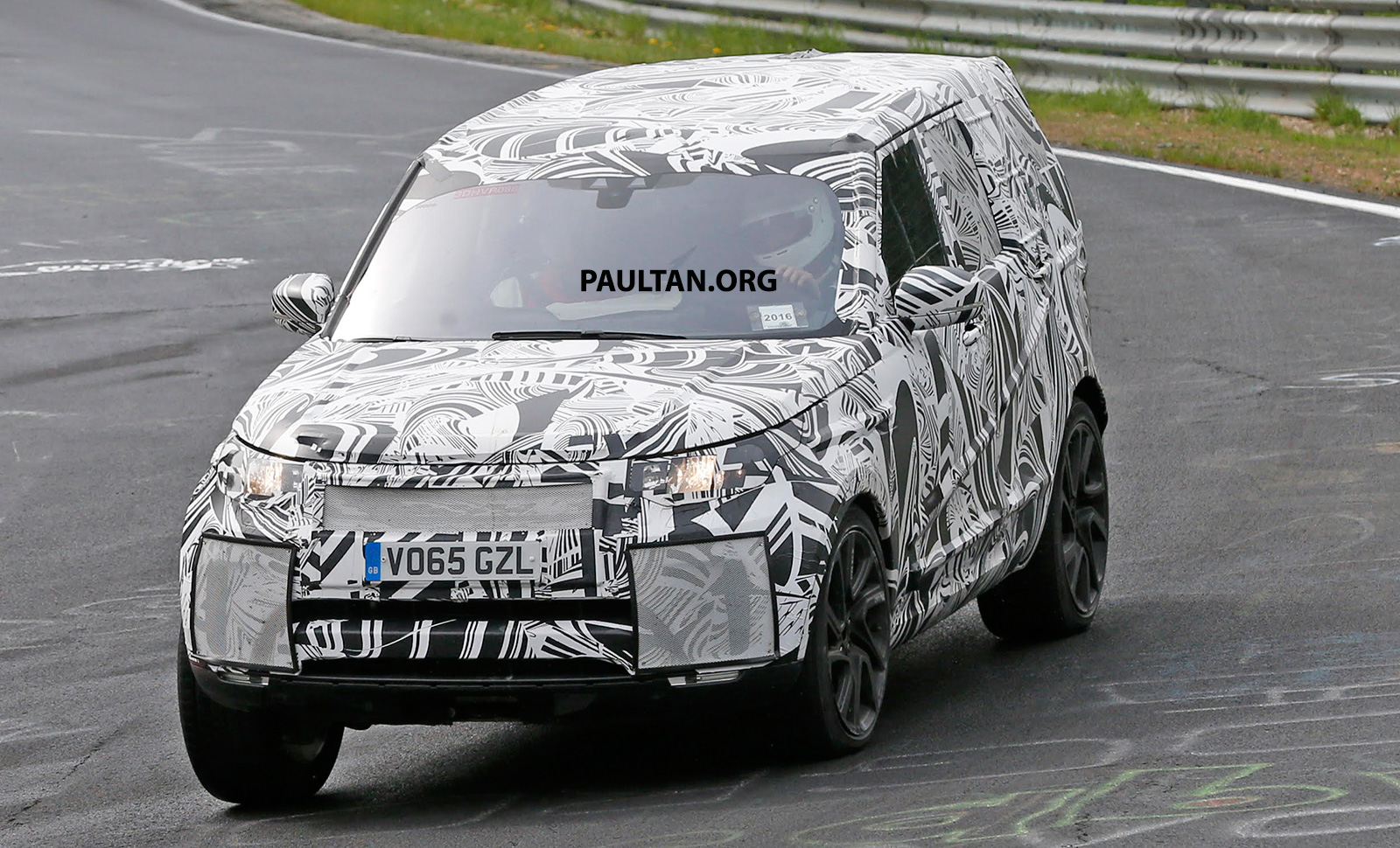 SPYSHOTS: 2017 Land Rover Discovery 5, in and out Paul Tan ...