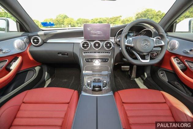 Mercedes_C300_Coupe_Int_24