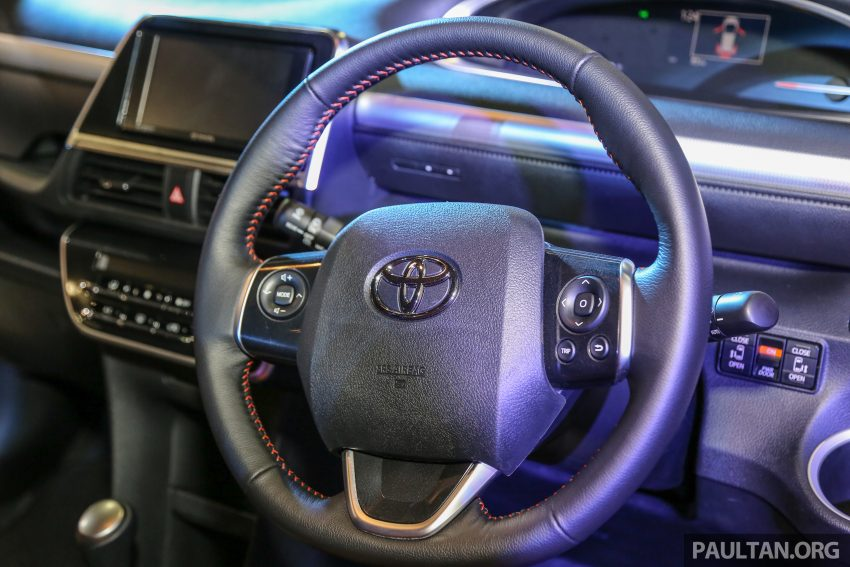 UMW Toyota prebiu Toyota Sienta di Malaysia Image #496360