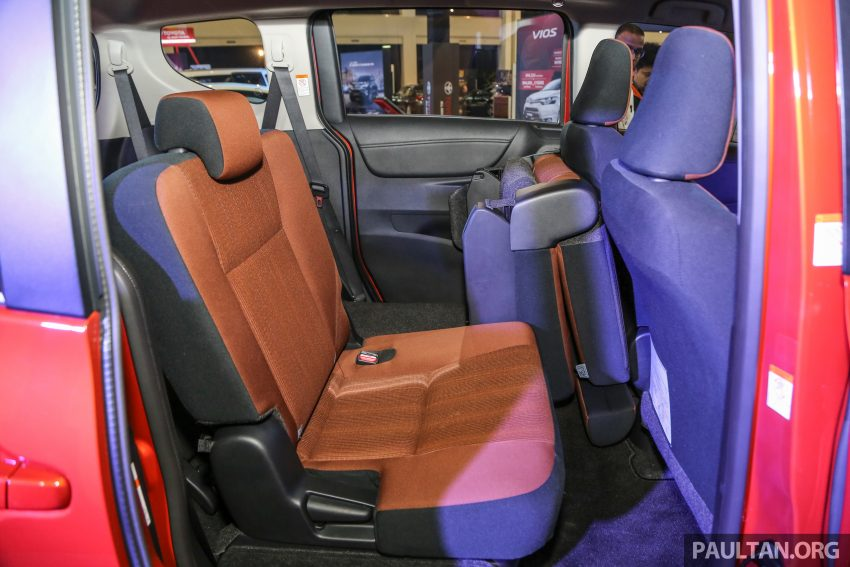 UMW Toyota prebiu Toyota Sienta di Malaysia Image #496349