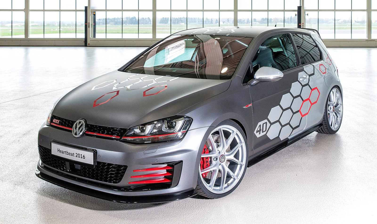 vw golf gti heartbeat concept for w rthersee 2016. Black Bedroom Furniture Sets. Home Design Ideas