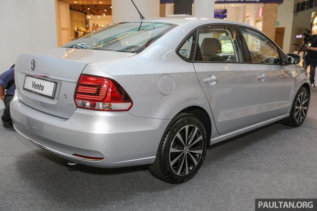 VW_Vento_Highline_Ext-13