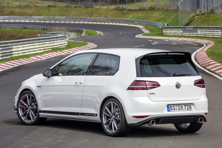 Volkswagen Golf GTI Clubsport S revealed – 310 PS hot hatch breaks Civic Type R Nurburgring record Image #487518