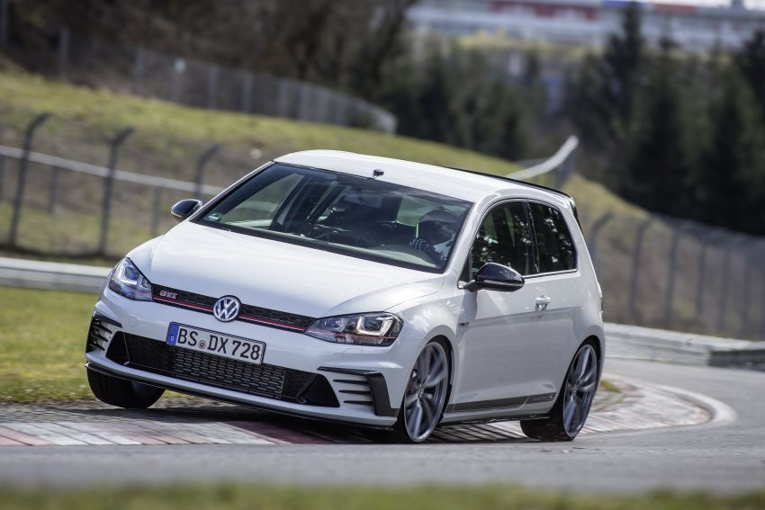Volkswagen Golf GTI Clubsport S revealed – 310 PS hot hatch breaks Civic Type R Nurburgring record Image #487507