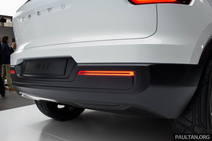 GALLERY: Volvo 40.1 concept previews all-new XC40 Image #497376