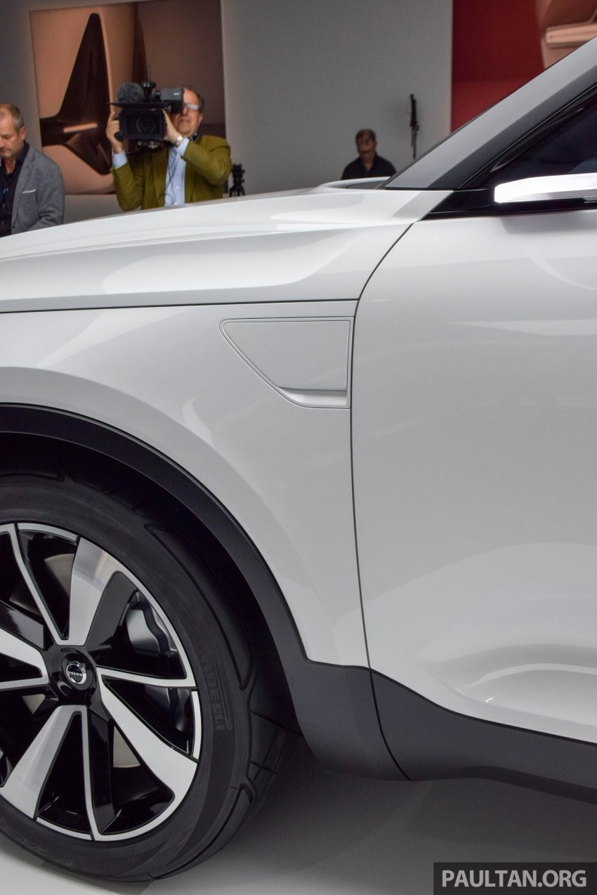GALLERY: Volvo 40.1 concept previews all-new XC40 Image #497390