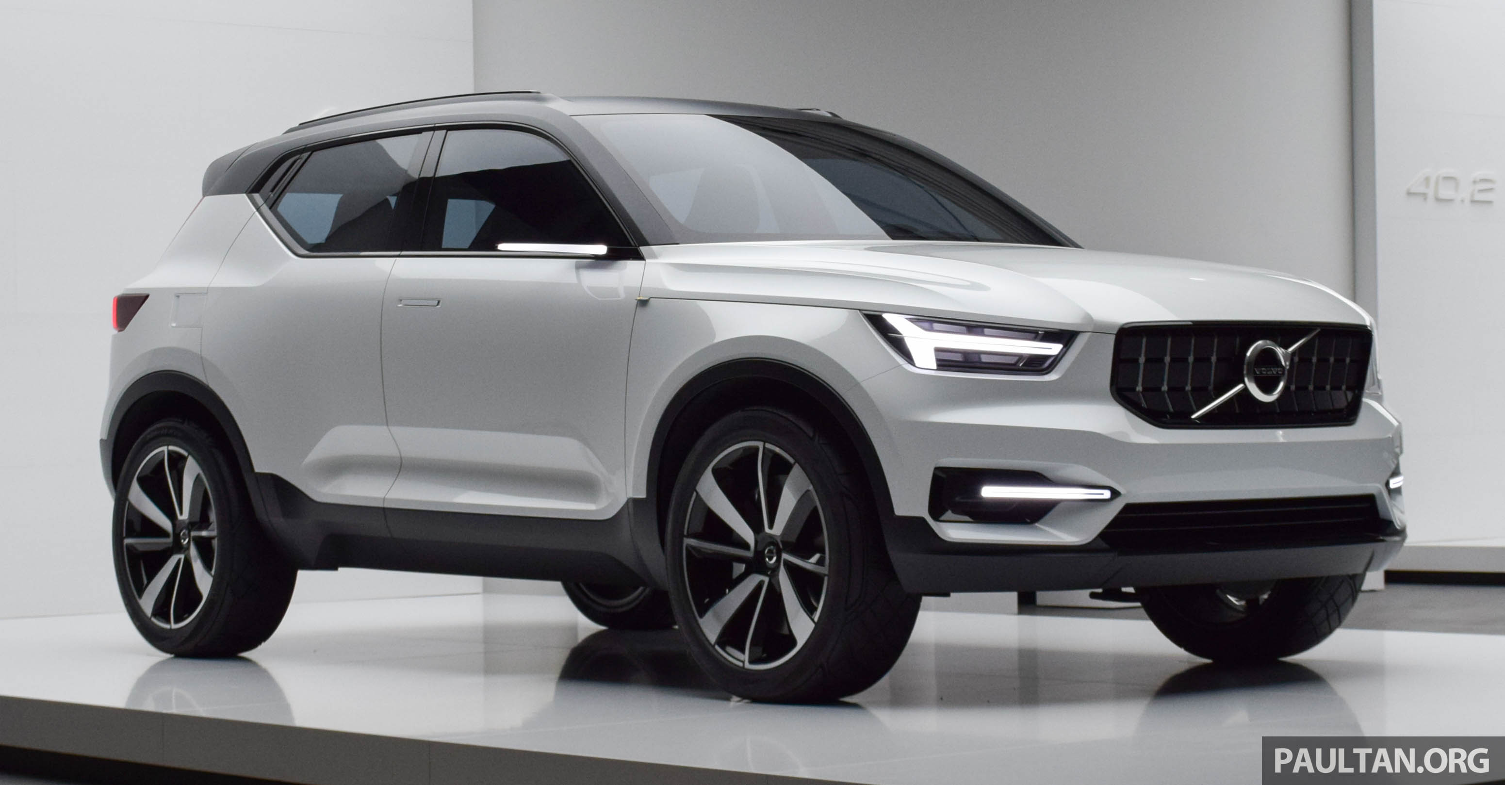 gallery volvo 40 1 concept previews all new xc40. Black Bedroom Furniture Sets. Home Design Ideas