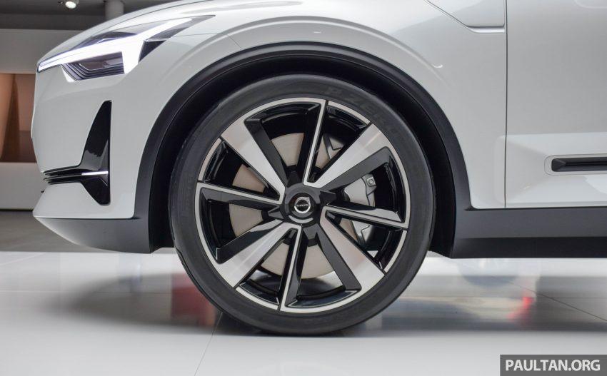 GALLERY: Volvo 40.2 concept previews next-gen S40? Image #497443