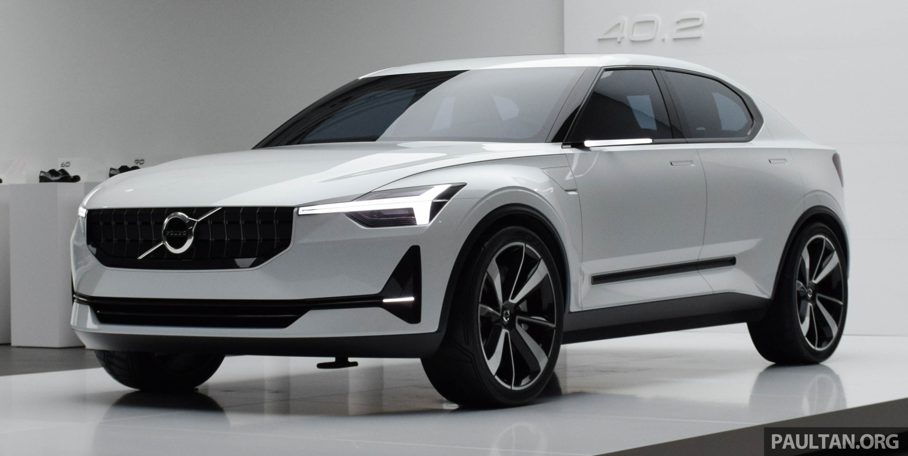 Gallery Volvo 40 2 Concept Previews Next Gen S40