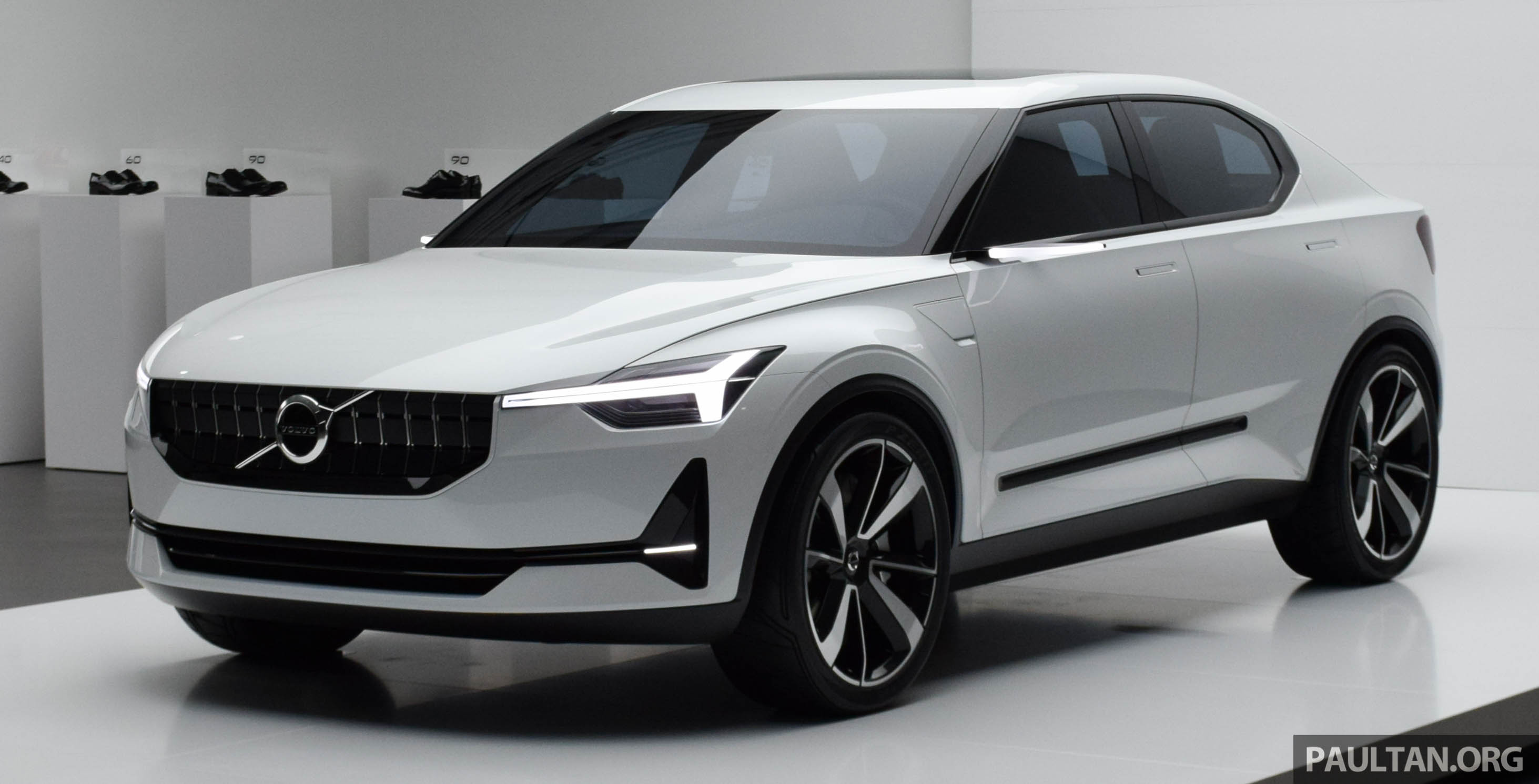 Gallery Volvo 40 2 Concept Previews Next Gen S40 Image