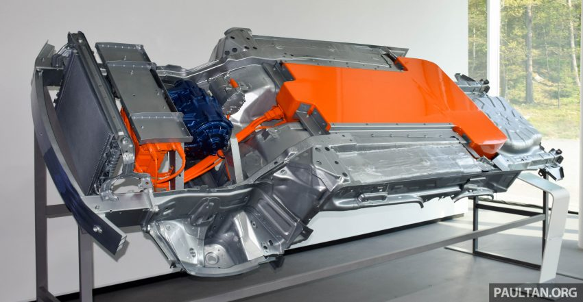 """Why do EVs have to be ugly? Ours will be beautiful"" – Volvo R&D VP on the brand's electrification plans Image #497498"