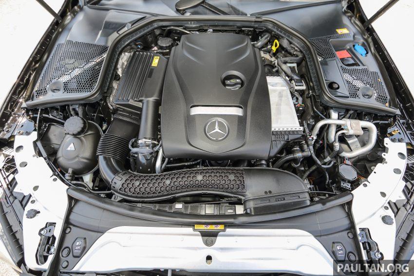 GALLERY: Mercedes-Benz C300 Coupe vs sedan Image #495943