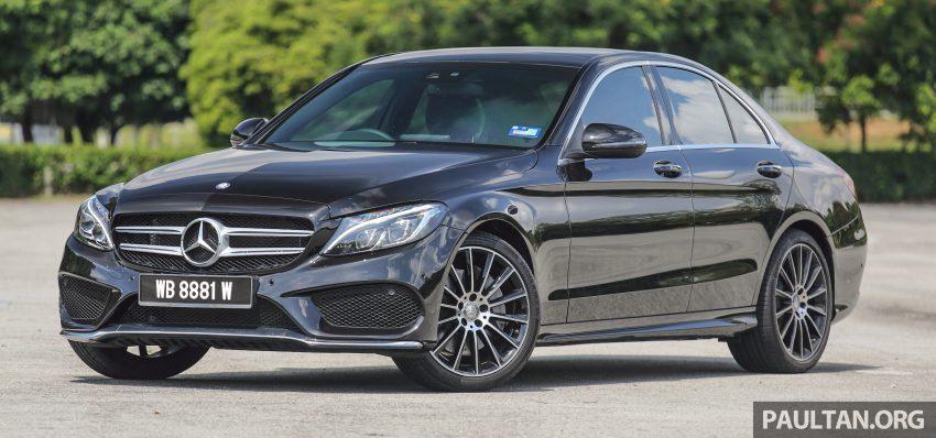 GALLERY: Mercedes-Benz C300 Coupe vs sedan Image #495929