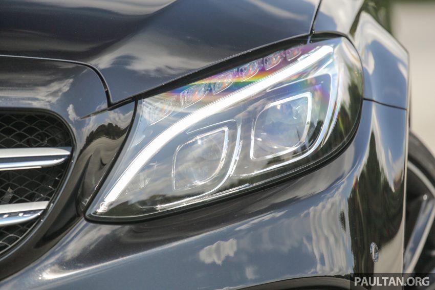 GALLERY: Mercedes-Benz C300 Coupe vs sedan Image #495931
