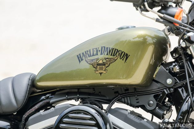 2016 Harley Davidson Iron 883 WM -21
